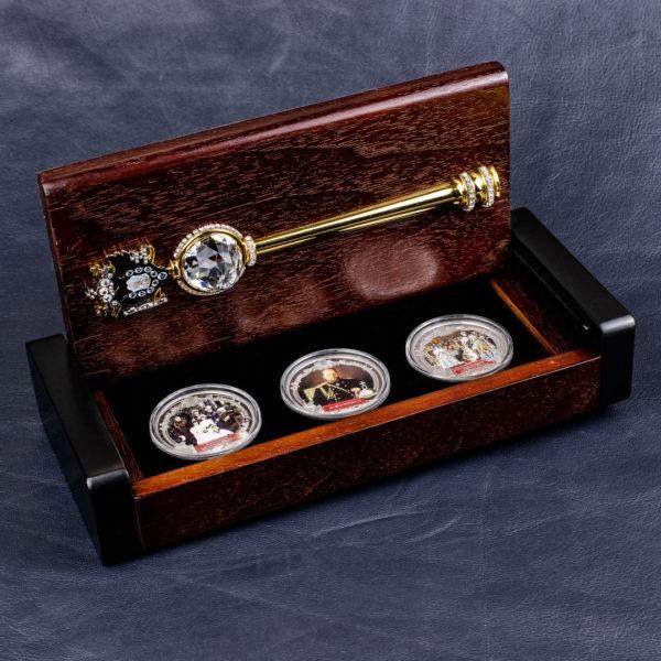 Фиджи набор из 3 монет 2 доллара 2012 года